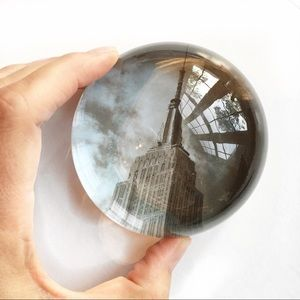 Other - Vintage NYC Empire State glass dome paperweight.